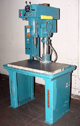 20Inch Swing 1 5HP Spindle Clausing 2285 VARIABLE SPEED