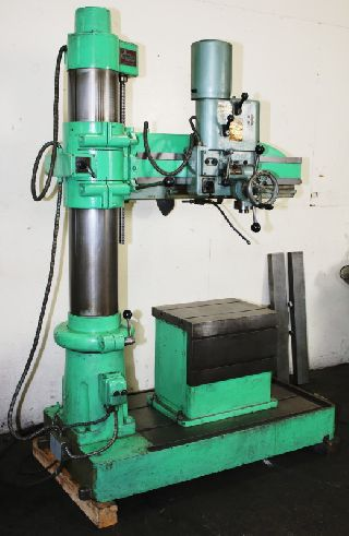 Radial Arm Drills - 3 Arm Lth 7 Col Dia Arboga ER830 RADIAL DRILL, T-Slotted Box Table, #4MT,